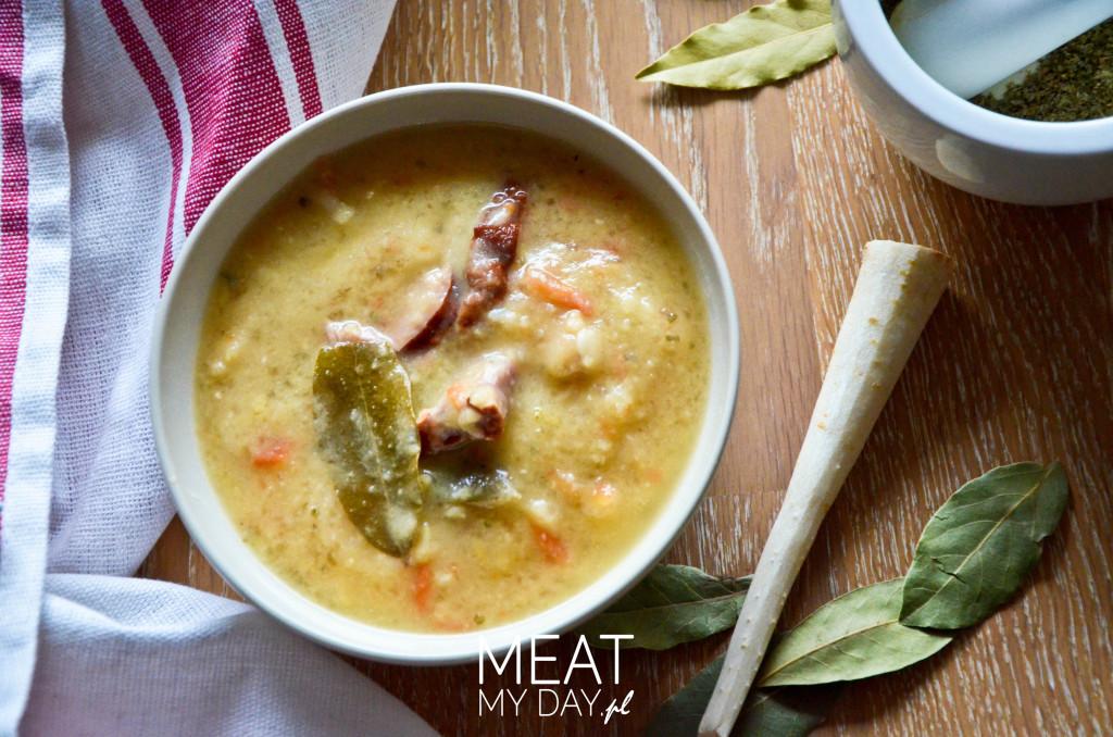 Grochówka na boczku - rozgrzewająca zupa na chłodne dni