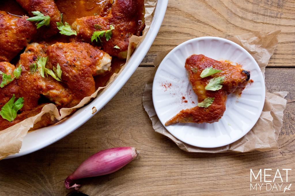 Skrzydełka z kurczaka z musem brzoskwiniowym