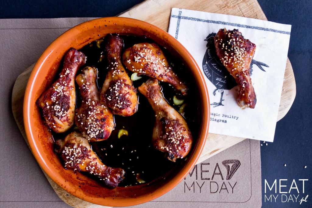 Udka kurczaka pieczone z sezamem