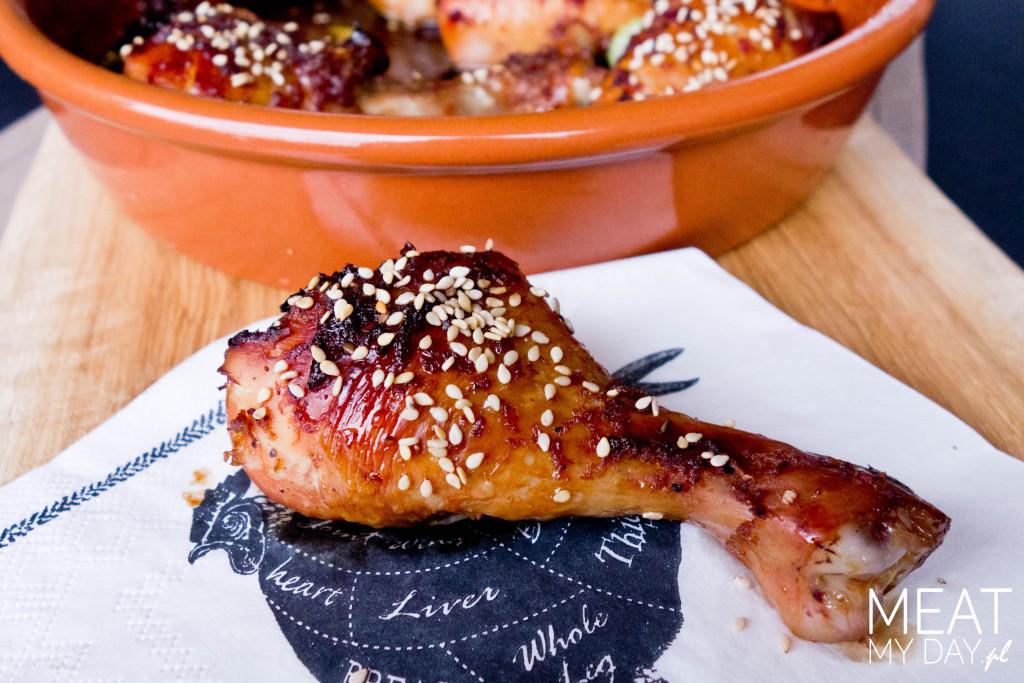 Udko kurczaka pieczone z sezamem