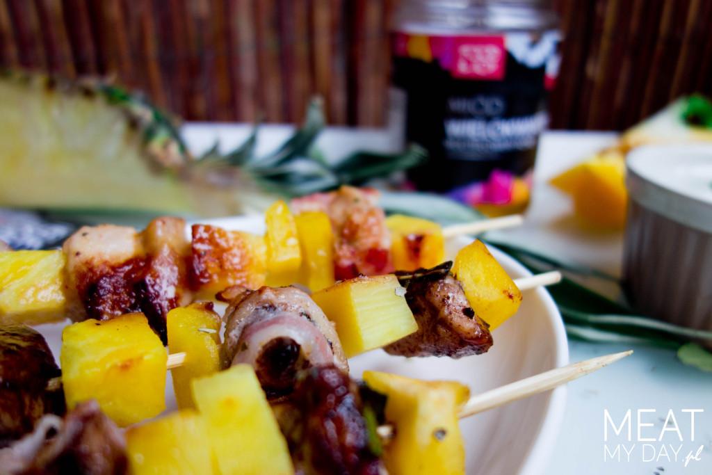 Szaszłyki z kurczaka i ananasa  na grill