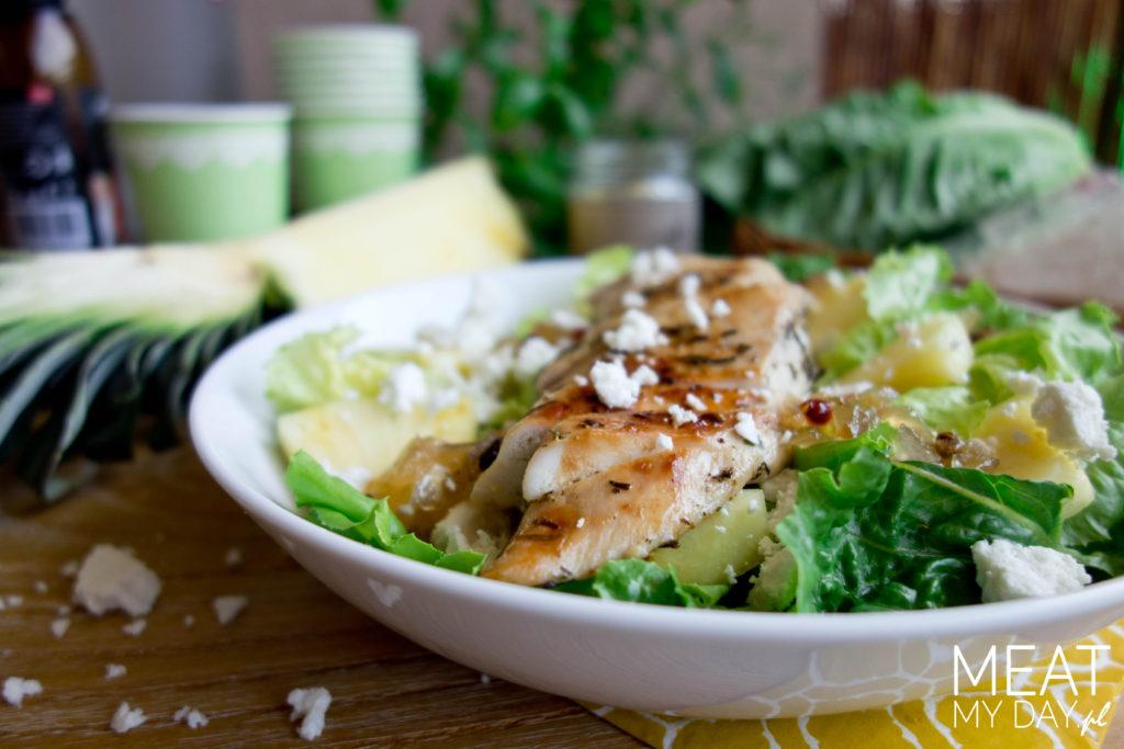 Sałatka z kurczakiem, ananasem i ricottą
