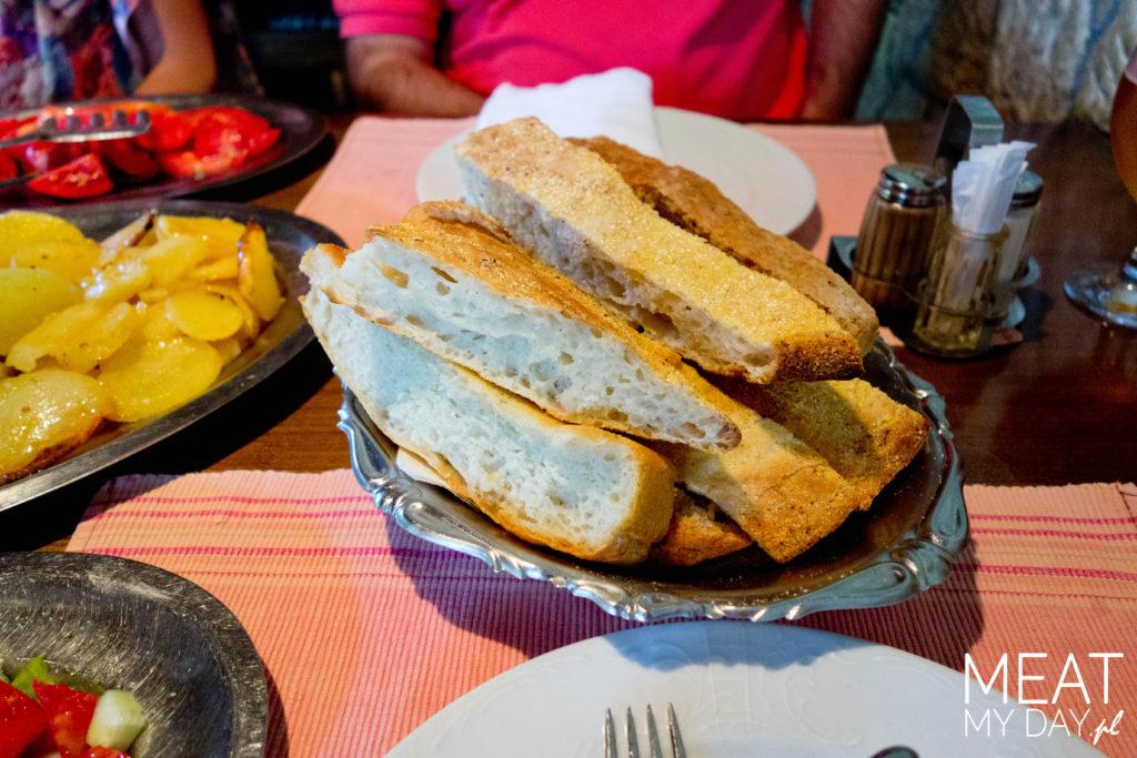 Restoran Udovice, Bośnia - chleb