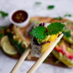 Spring Rolls z Pad Thai i sosem orzechowym