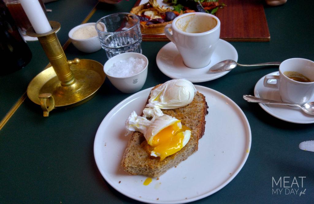 ORA - kanapka z jajkami pochet