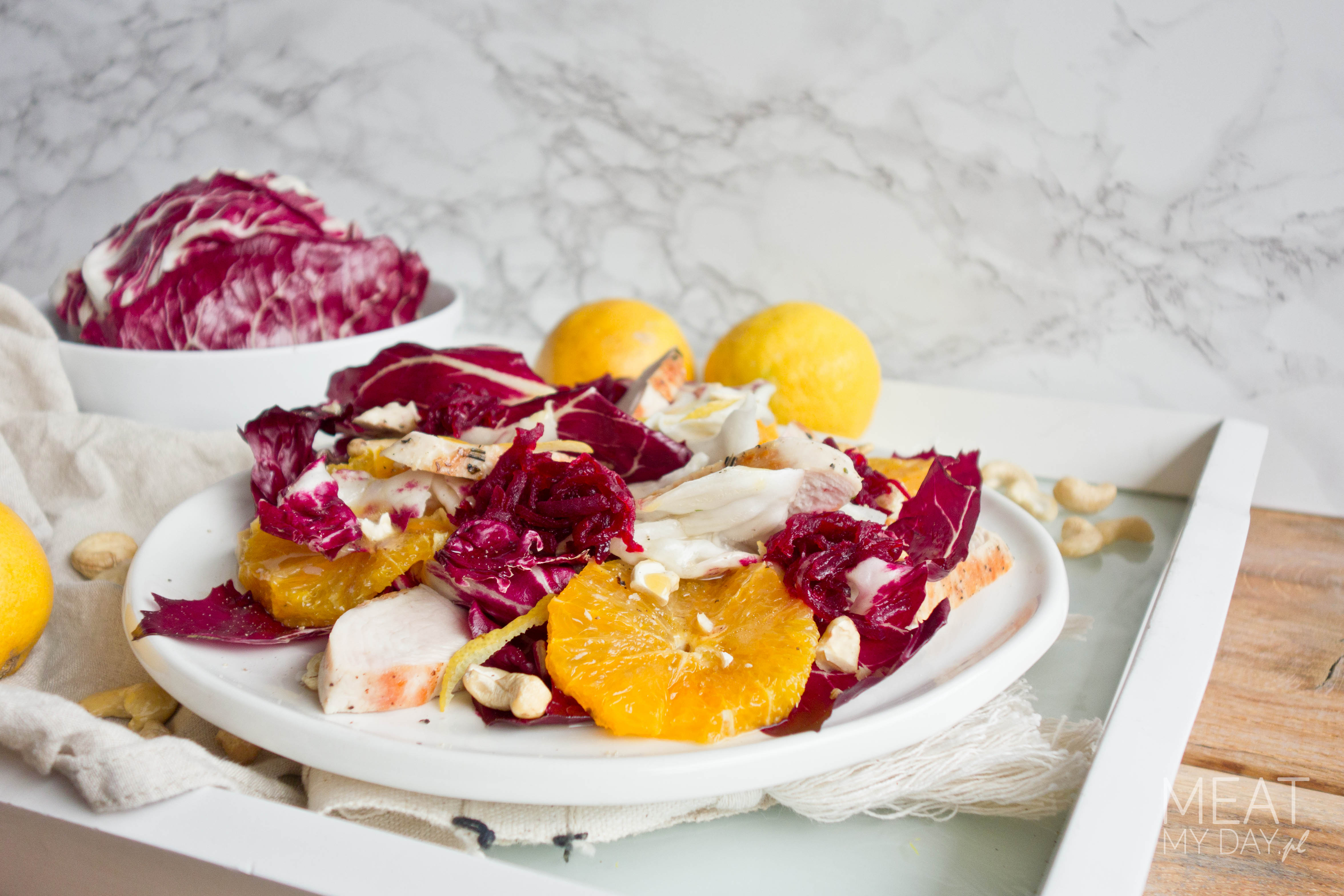 Sałatka z radicchio, indykiem i pomarańczami