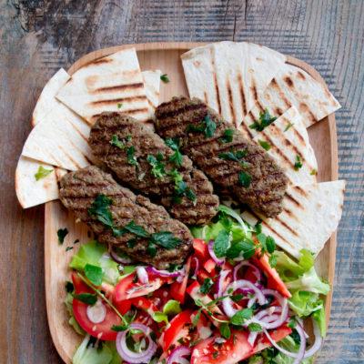 Lula kebab – przepis na armeński kebab wołowy