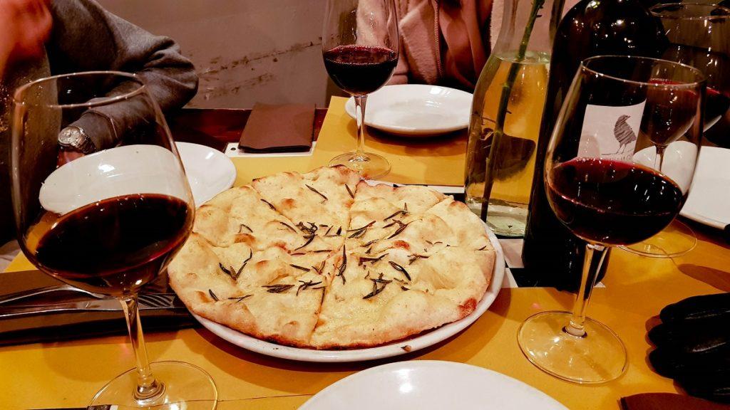 Del Fico, foccacia i wino