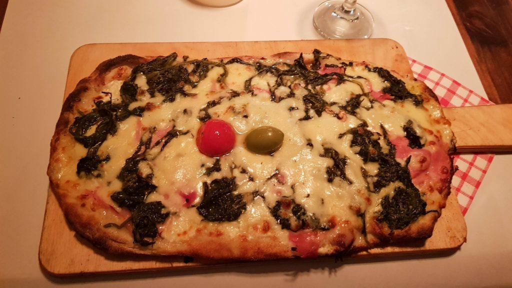 Tonnarello, pizza